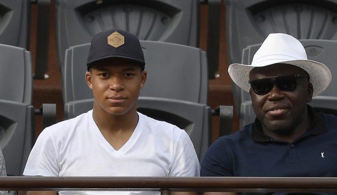 Kylian y Wilfried Mbappé