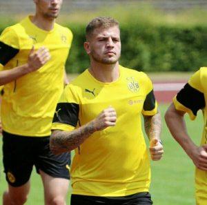 Agoney González Borussia Dortmund